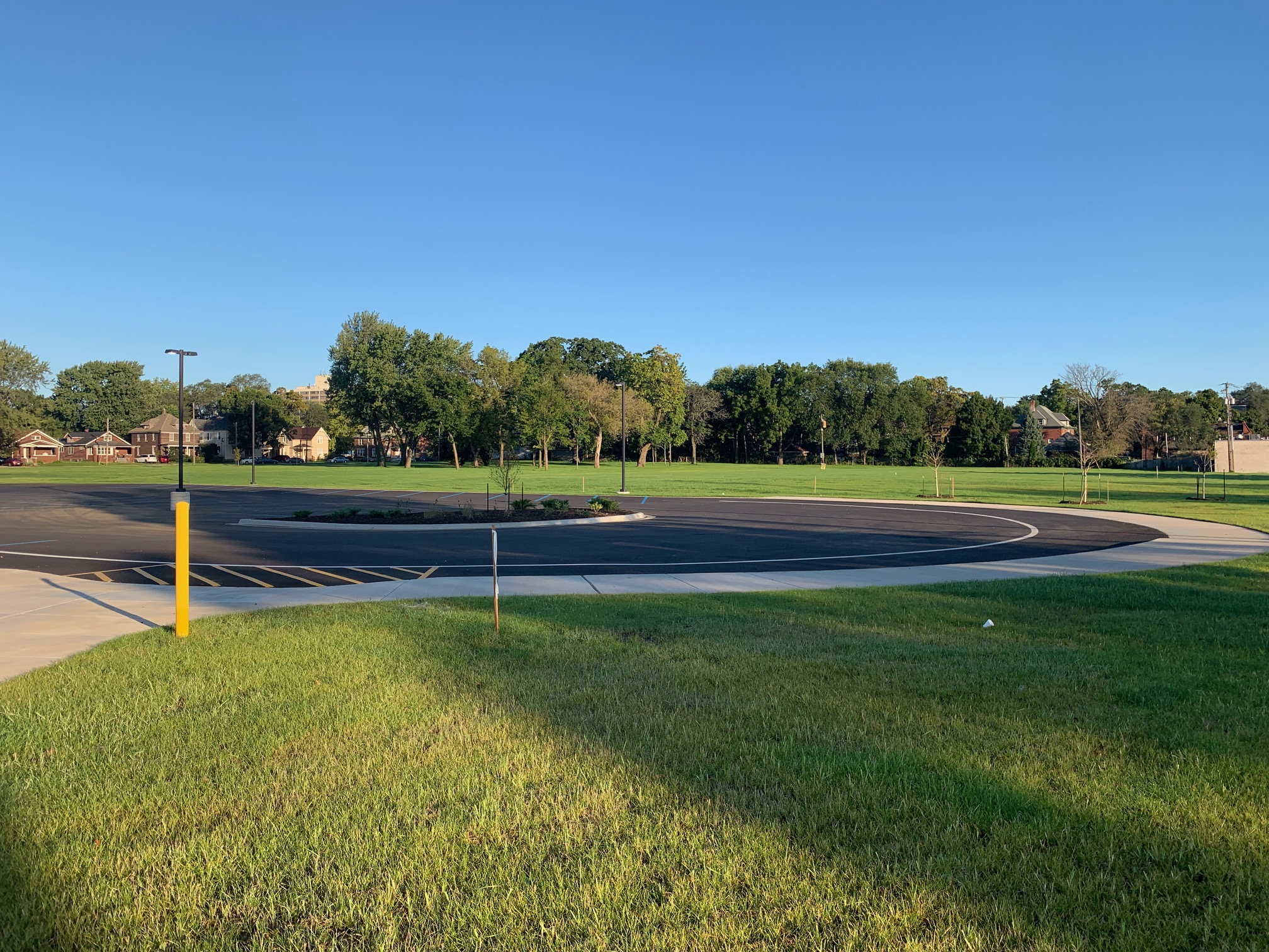 Commercial Parking: Constance Lane Elementary School